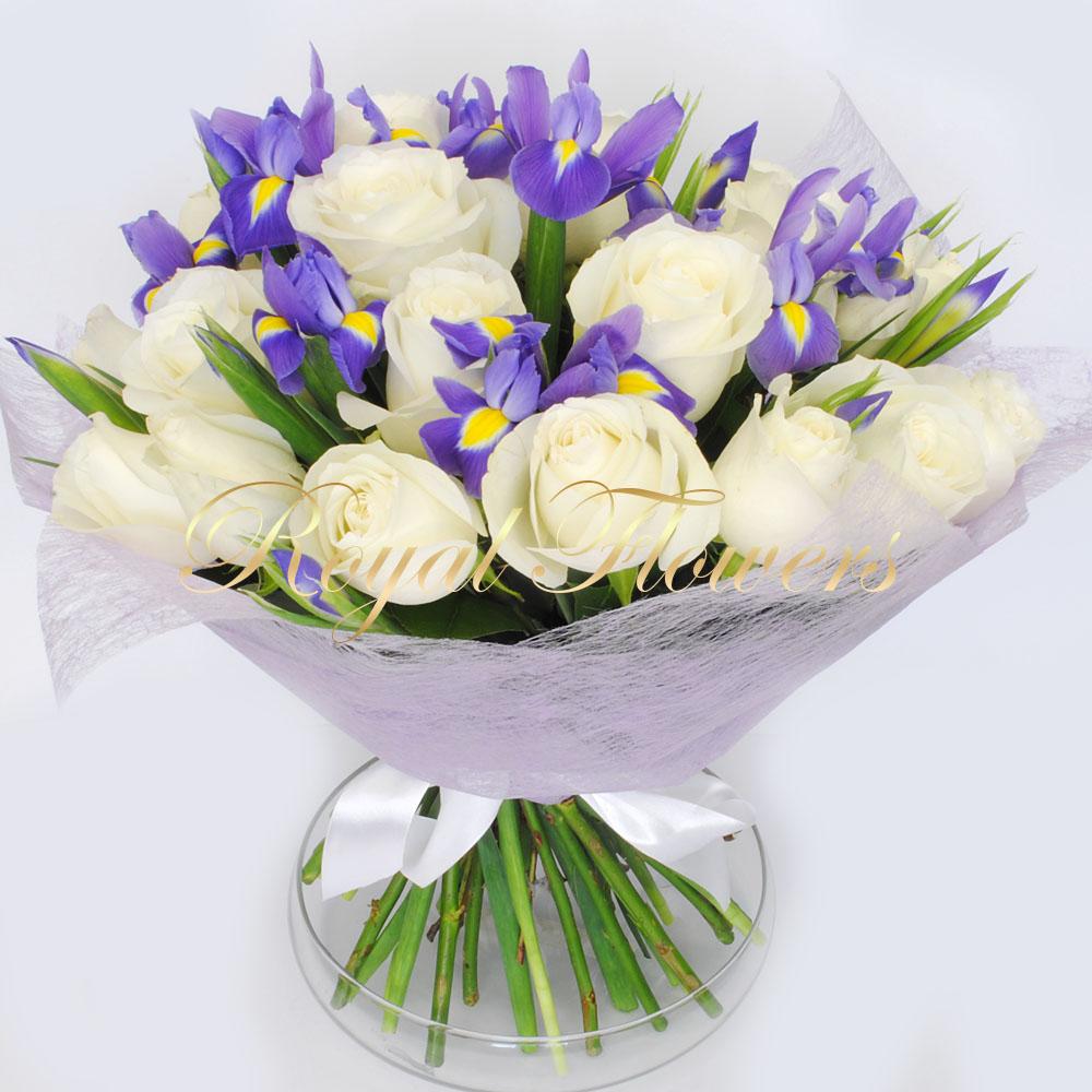 Rožės su irisais